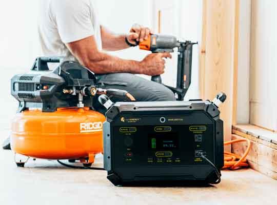 Lion Safari ME Base Camp Kit 2,970wH Solar Generator